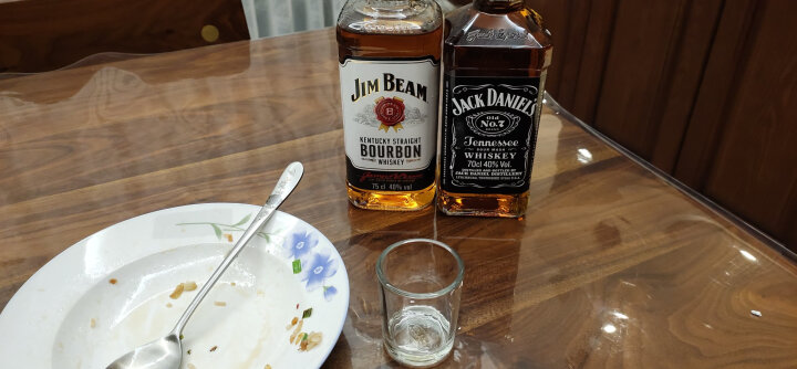 占边(Jim Beam) 洋酒美国原装进口JIM BEAM占边波本威士忌 黑占边波本威士忌 晒单图