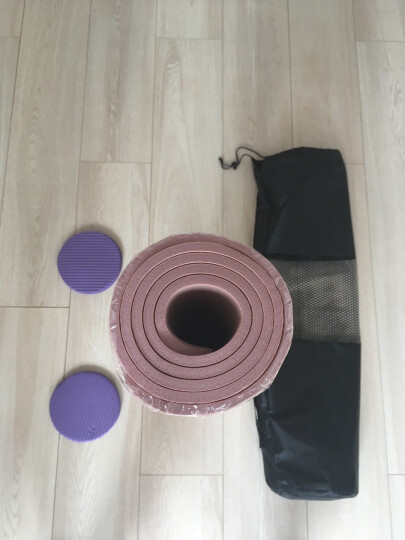 奥义升级瑜伽垫 男女185*80CM加宽加大加厚10mm专业健身垫防滑舞蹈垫 仰卧起坐运动垫 公主粉(含绑带+背包) 晒单图