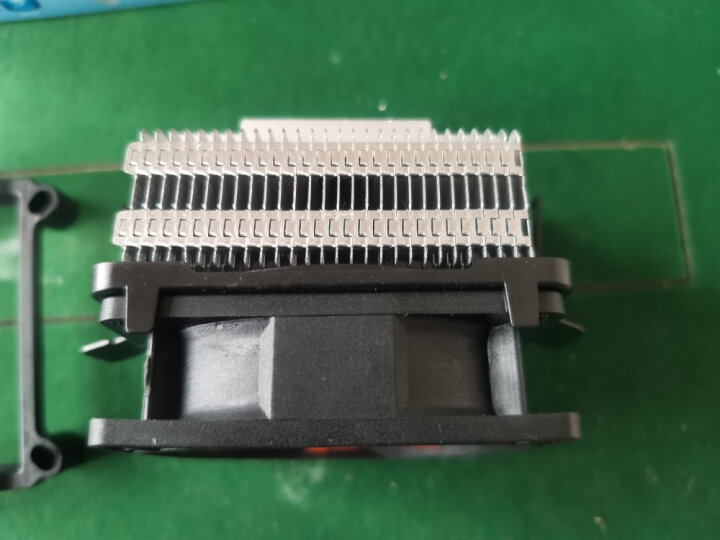 超频三(PCCOOLER)甲壳虫Q82 CPU散热器(多平台/8cm静音风扇/下吹式/附带硅脂) 晒单图