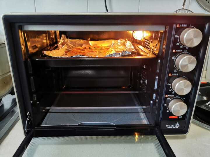 【到手79·三种口味】小牛凯西披萨5份装180g*5盒 烤肉培根火腿披萨饼胚速食冷冻半成品 晒单图