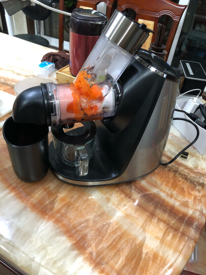 九阳(Joyoung)榨汁机 原汁机 净瓷螺杆 76mm 大口径 多汁卧式JYZ-E19 JYZ-E19 晒单图