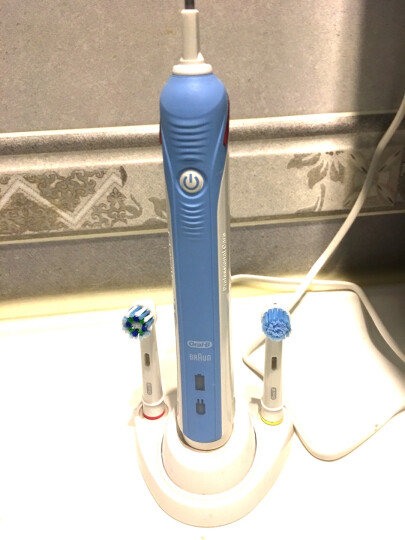 欧乐B电动牙刷 3D声波成人充电式 P2000粉(含刷头*2)博朗精工 晒单图