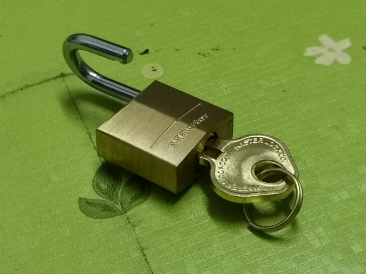 玛斯特(Master Lock)黄铜挂锁家用实心仓库大门锁150MCND 配2把钥匙 美国专业锁具品牌 晒单图