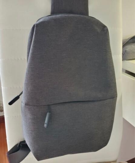 小米(MI)多功能都市休闲胸包 男单肩包斜跨包 可容纳7英寸平板电脑 深灰色 晒单图