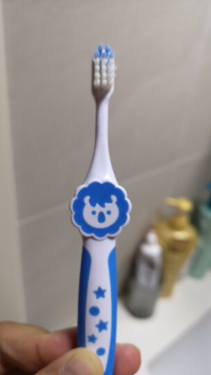 贝亲 (Pigeon) 牙刷 儿童牙刷 儿童训练牙刷 柔软刷毛 4阶段训练牙刷 天蓝 3-6岁 进口11807 晒单图