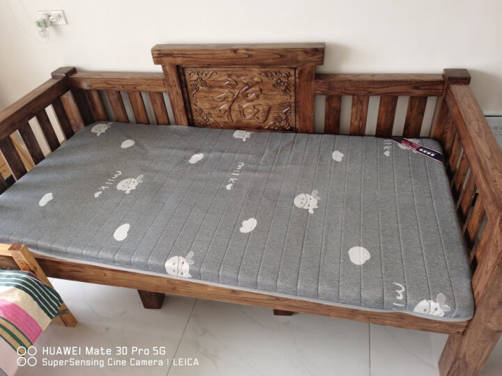 曼克顿(ManKeDun) 全新不塌陷 记忆棉床垫 加厚针织棉乳胶床垫高密度可折叠可定制学生宿舍床褥 白灰10厘米厚(记忆棉填充) 90cm*190cm 晒单图