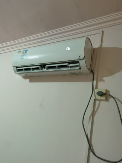 美的(Midea)1.5匹 变频 智弧 冷暖 智能壁挂式卧室空调挂机 KFR-35GW/WDAA3@ 晒单图