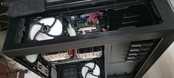 追风者(PHANTEKS) 614PC 全塔双路服务器显卡工作站电脑机箱(支持6硬盘/EEB双路主板/4xGPU显卡/360水冷) 晒单图