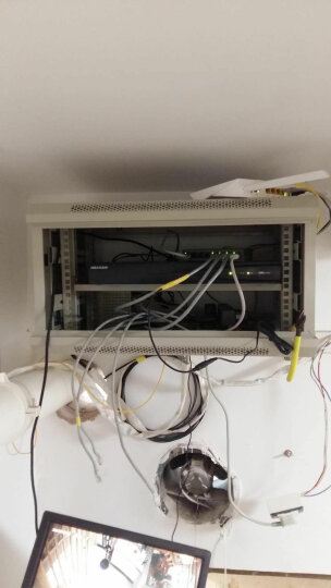 唐图(TANG TU) 机柜  6u12u壁挂式交换机墙柜弱电监控小机柜壁挂机柜 K6406 6u白色550*400*300 晒单图
