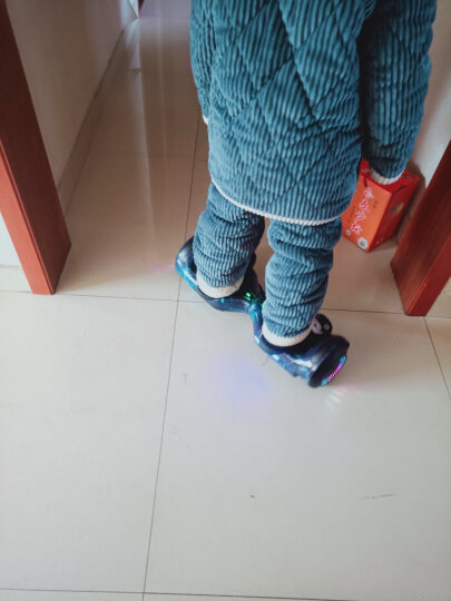森林狼 成人儿童智能平衡车两轮双轮7寸体感车玩具车电动迷你思维平衡车儿童扭扭车 发光轮高配版-蓝色星空(蓝牙+自平衡+无级变速) 晒单图
