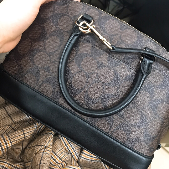 COACH 蔻驰 奢侈品 女士深棕色配黑底PVC配皮手提斜挎包贝壳包小号 F58295 IMAA8 晒单图
