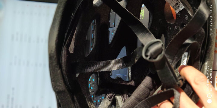 MOON MV29 骑行头盔 自行车头盔山地车头盔一体成型骑行头盔 男女款 骑行装备安全帽 黑红赛车道 L码 晒单图