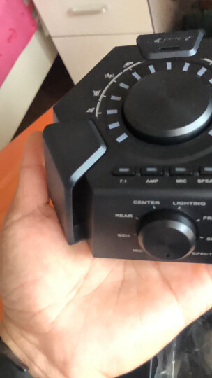 ASUS华硕玩家国度ROG猛禽Strix7.1声道7.1环绕头戴式有线游戏吃鸡耳机麦克风台式机笔记本电脑寻声辩位声卡 晒单图
