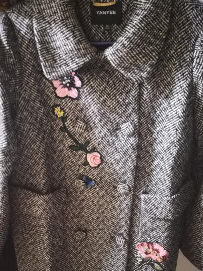 颜域品牌女装2017冬季新品娃娃领加厚格纹绣花毛呢外套中长款大衣04W7135 黑色 L/40 晒单图