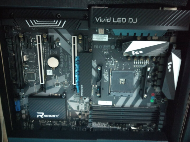 金士顿(Kingston)骇客神条 Predator系列 掠食者 DDR4 3333 32G(8Gx4)套装 台式机 内存 晒单图