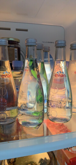 依云evian 天然矿泉水法国小瓶原装进口纯净饮用水 依云330ml*6玻璃瓶 晒单图