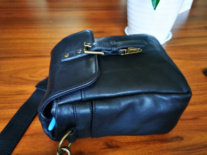 ONA 064LBL The Leather Bond Street复古皮款富士索尼徕卡微单包旁轴相机单肩摄影包手工制作 邦德街黑色 晒单图