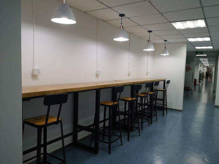 铁艺休闲咖啡厅酒吧台桌家用长条实木靠墙吧桌窗边桌高脚桌吧台椅 75高靠背 晒单图