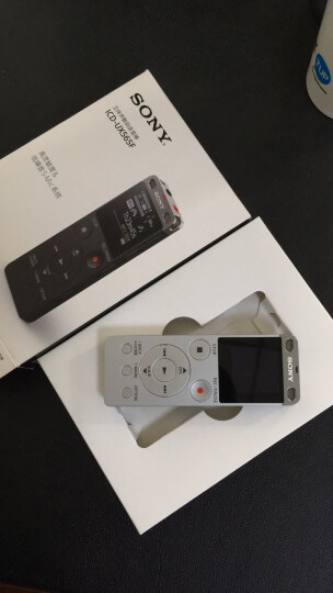 索尼(SONY)录音笔ICD-UX565F 8GB 银色 智能降噪支持音频线转录 专业线性录音模式 商务学习采访 晒单图