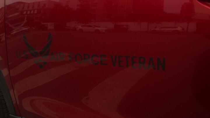 浮生 空军车贴汽车个性改装车标USAF车身贴后尾标侧标叶子板标贴装饰贴 空军长条侧门黑色70*17.3CM H10207 晒单图