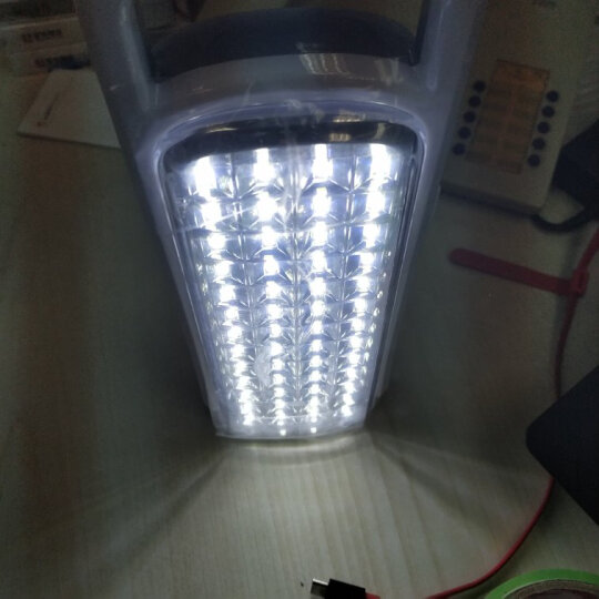 LED应急灯家用充电停电照明应急灯消防安全出口户外夜市灯地摊灯 7677(900毫安两用款带手电功能) 晒单图