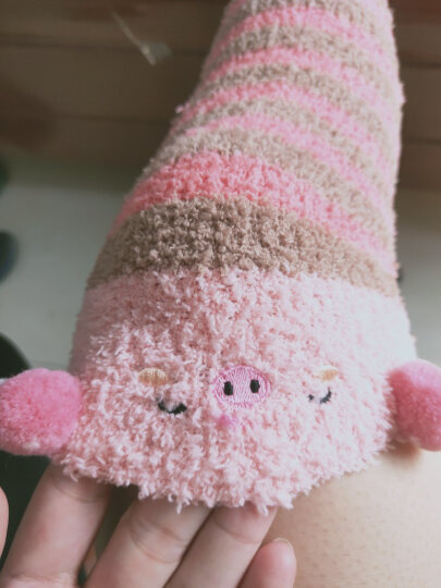 儒侠 秋冬珊瑚绒袜子过膝袜套加厚保暖月子袜护膝长筒护腿套脚套毛绒睡眠袜可爱居家室内地板袜 西瓜红条纹猪 均码 晒单图