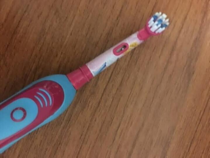 欧乐B(Oralb)电动牙刷 儿童电池型电动牙刷(5岁以上适用)2分钟震动提示 白雪公主款 DB4510K 博朗精工 晒单图