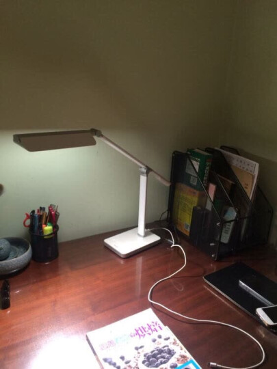 飞利浦 (PHILIPS) LED台灯 工作学习卧室床头灯 五档触摸调光白色 晶尚 晒单图