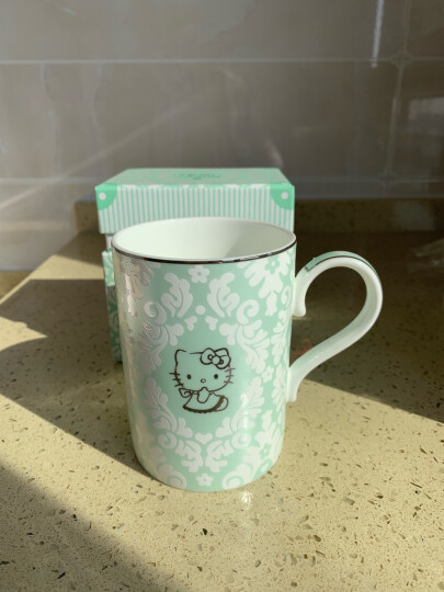 HELLO KITTY(凯蒂猫) 骨瓷马克杯带勺带盖 创意咖啡礼品牛奶杯陶瓷情侣水杯瓷杯 绿色 301-400ML 晒单图