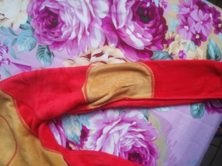 北极绒保暖内衣男女士黄金甲加绒加厚圆领青年中老年保暖内衣套装男士内衣保暖秋衣男秋衣秋裤套装 女中国红L 晒单图