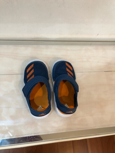Adidas阿迪达斯童鞋 2019夏季新款儿童运动鞋男女婴童沙滩鞋舒适透气休闲鞋凉鞋G54054 G54054/黑色 7K/24码/140mm 晒单图