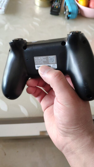 北通(Betop)蝙蝠D2E有线游戏手柄PC电脑Steam电视荒野大镖客2刺客信条怪物猎人世界实况足球双打震动 黑 晒单图
