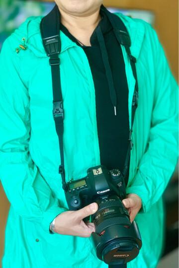 马田(MATIN) 韩国进口单反相机背带肩带减压挂脖佳能尼康宾得索尼微单摄影斜跨快枪手加宽加长相机带 中烧红尼康 晒单图