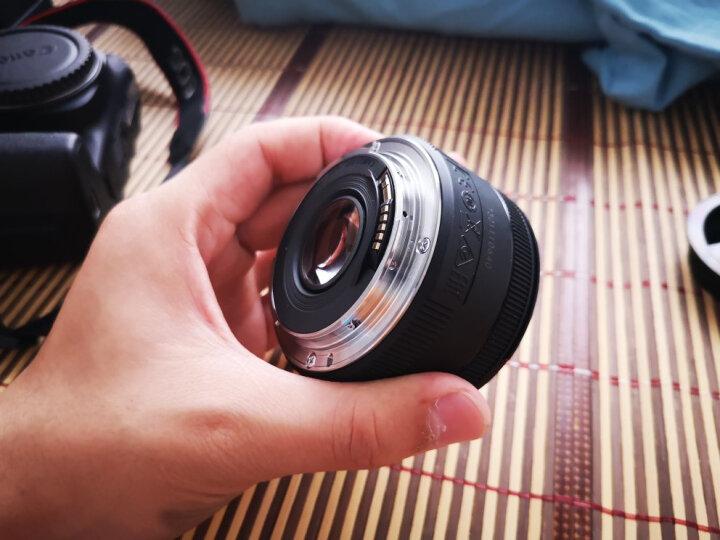 佳能(Canon)EF 50mm f/1.4 USM 单反镜头 标准定焦镜头 晒单图