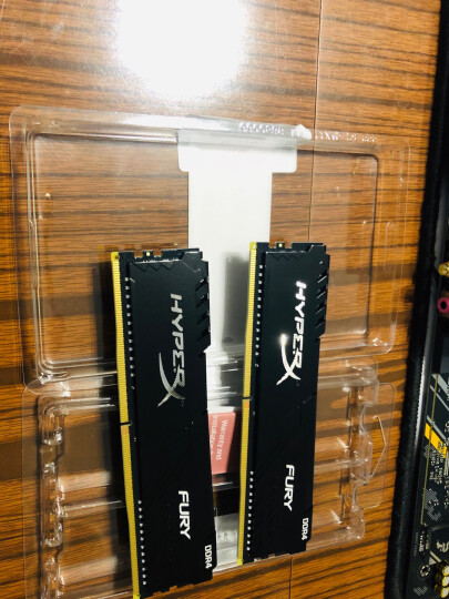 金士顿(Kingston) DDR4 2400 16GB(8G×2)套装 台式机内存 骇客神条 Fury雷电系列 晒单图