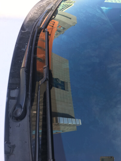 博世(BOSCH)雨刷器/雨刮器风翼U型无骨22/16对装(奇瑞瑞麒X1/开瑞/E3/A1/锐欧/风光/东风小康)厂商直发 晒单图