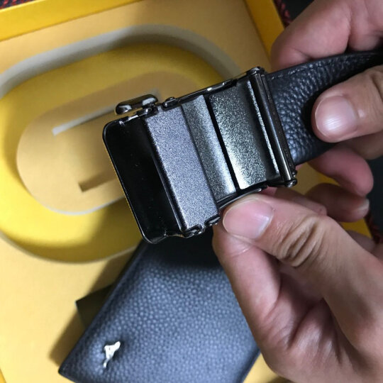 七匹狼男士皮带 升级加宽版自动扣中青年头层牛皮裤腰带 7A513131000黑色(120-125CM) 晒单图