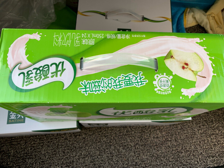 伊利 优酸乳果粒酸奶饮品芒果味245g*12盒 晒单图