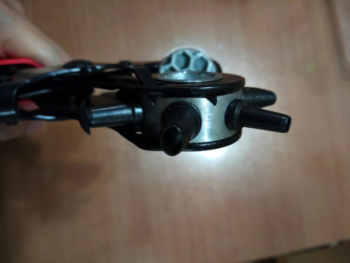 万克宝(WORKPRO)W031111N 红蓝手柄皮带打孔器 腰带打孔钳 打眼机打洞器工具3圆孔2扁孔1椭圆孔 晒单图