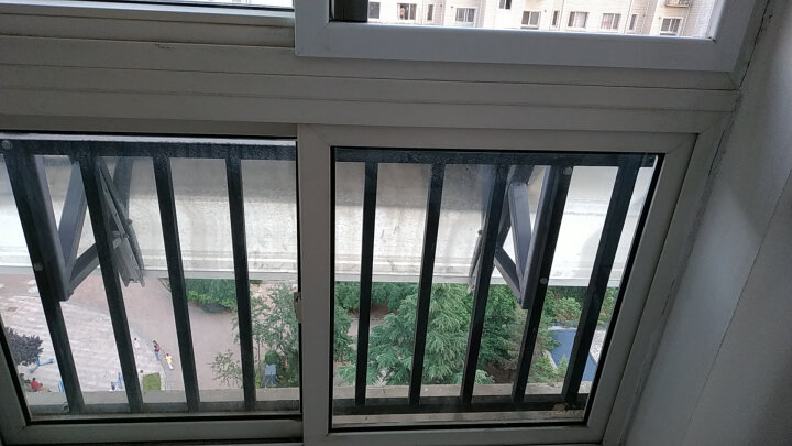 力诺瑞特 智控100升 阳台壁挂式太阳能热水器家用 光电两用一级能效全年热水无忧 卧式承压水箱热水器 晒单图