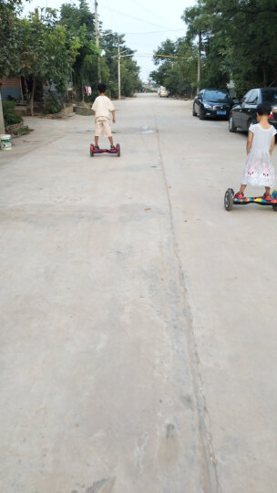 森林狼 10寸大轮儿童成人平衡车双轮电动扭扭车 代步车 7寸成人两轮思维漂移车体感儿童 街舞-(10寸大轮+蓝牙音乐+三档可调)-带手提 晒单图