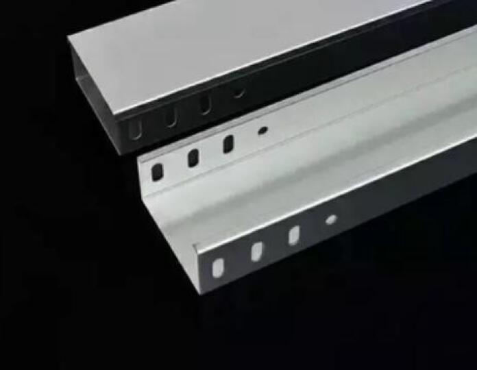 颂余 常用镀锌金属桥架 镀锌槽式桥架 电缆桥架定做 走线穿线弱电桥架 桥架线槽 网络桥架金属走线槽 规格100*75*1.5 定做 晒单图