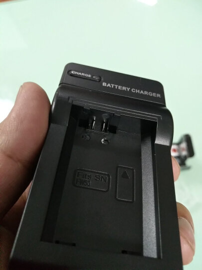 蒂森特(dste)索尼 NP-FW50 充电器 适用 黑卡 RX10 ILCE-7 A7 II NEX-5N 5R 5T 6 7 微单相机 专用充电器 晒单图