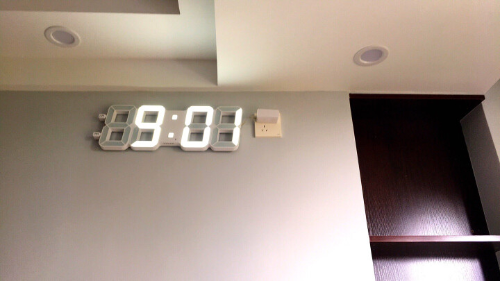 TXL闹钟创意懒人客厅挂钟万年历日历静音大号闹钟 睿智Plus银 晒单图