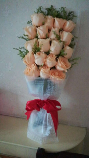 IDY 圣诞节鲜花速递同城 玫瑰花礼物真花 香槟玫瑰花束礼盒满天星 每周一花快递送花北京上海花店 【厄瓜多尔进口】9朵蓝白玫瑰|宣布我爱你 平日价 晒单图