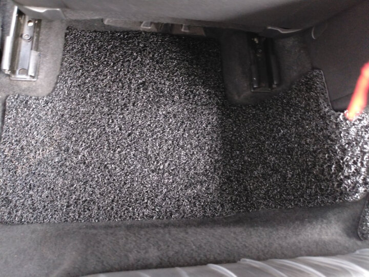 【入仓脚垫】固特异(Goodyear) 丝圈汽车脚垫 大众高尔夫7非旅行版专用脚垫 飞足plus系列黑色 晒单图