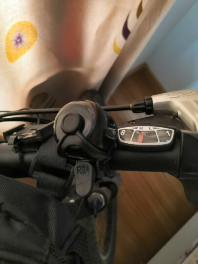EasyDo 自行车铃铛 公路车铃铛 山地车旅行车死飞车铃铛铝合金铃铛 自行车配件骑行装备 TD9624 银色 晒单图
