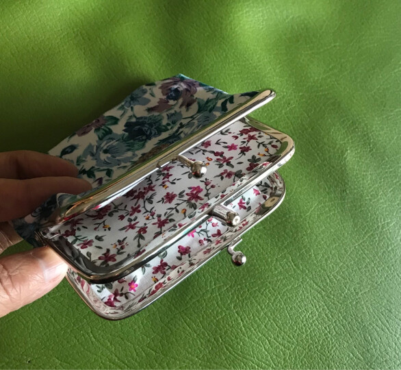欧时纳短款女士零钱包 可爱小碎花金属扣零钱袋 颜色随机 001 110001 晒单图