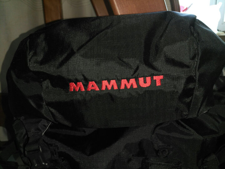 MAMMUT 猛犸象 男女双肩包户外登山包时尚运动旅行包背包 2510-03430 黑色42升+7升 晒单图