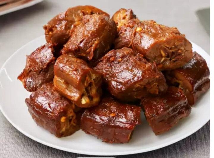 【周黑鸭锁鲜】卤鸭脖200gX2盒气调盒装 锁鲜 肉类即食麻辣小吃零食品 晒单图
